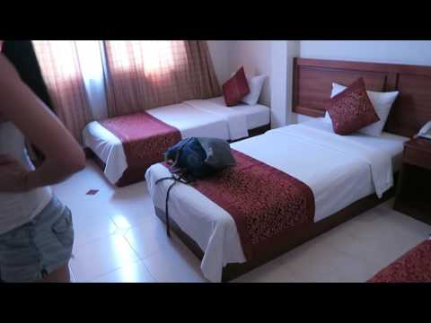 BUDGET HOTEL TOUR: HONG HAN HOTEL IN HO CHI MINH CITY VIETNAM