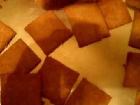 homemade-wheat-thin-crackers