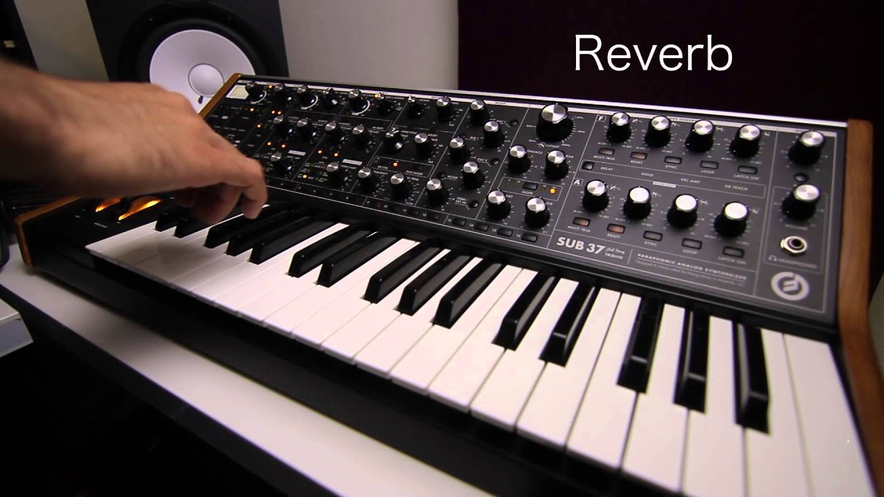 moog sub 37 sound test preview with guitar effects pedals youtube. Black Bedroom Furniture Sets. Home Design Ideas