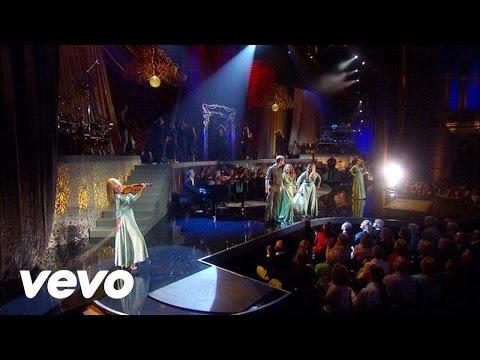 Celtic Woman - Téir Abhaile Riú