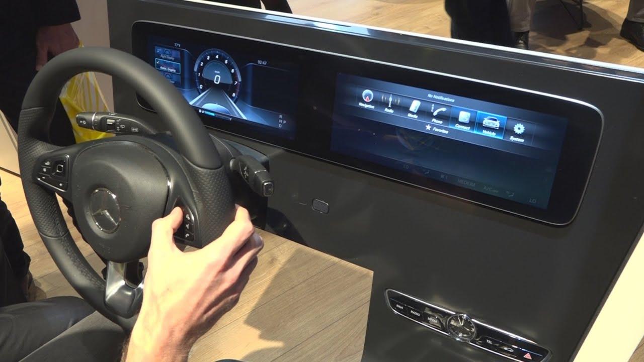 Mercedes : découverte du cockpit de la Classe E - CES 2016 - YouTube | {Auto cockpit mercedes 53}