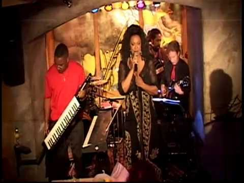 Mississippi Queen Toni Seawright Celebrates her B'day with Surprise Guests!