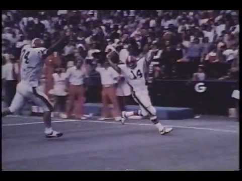 1973 Georgia Bulldogs at Tennessee Volunteers - Larry Munson call and comments
