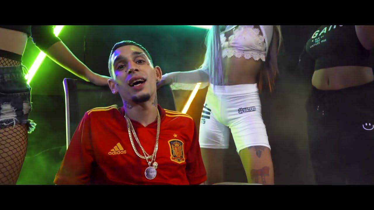 """El Jincho se pone en la piel de """"El Rey de España"""", protagonista de su nuevo videoclip"""