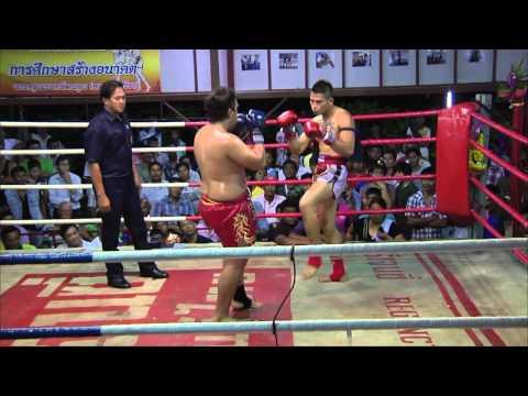 Muay Thai Kaichon Fight Aug.2012 ชายเดี่ยว ศิษย์พรสวรรค์ vs อาซู พัทยาบ๊อกซิ่งเวิลด์