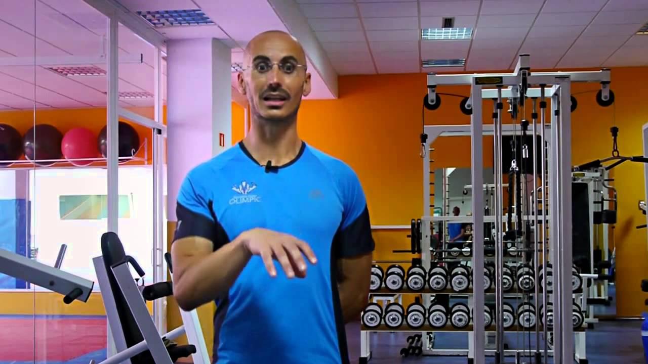 Cu l es la labor de un monitor de gimnasio deporte for Monitor gimnasio