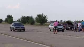 Любительский драг. г. Кривой Рог. 30.06.2013 г. ВАЗ 2108 1.5 8V (дросселя) VS Альфа 3 литра.