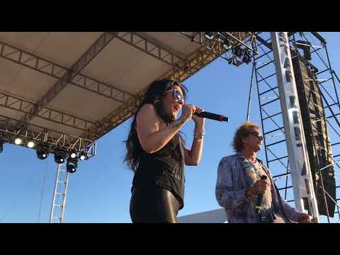 """July 7 2018 Starship Mickey Thomas """"Nothings gonna stop us now"""""""