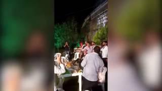 Жених на свадьбе в Ливане решил пострелять из АК-47