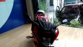 Review Suzuki GSX-R150 Merah