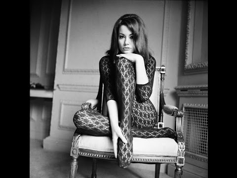 Ladies Night Vol. 3 Claudine Auger pre-show streaming vf