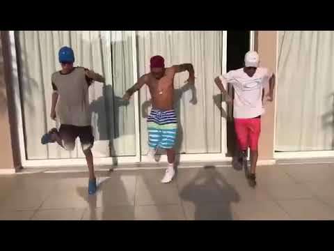 Meninos dançando funk thumbnail