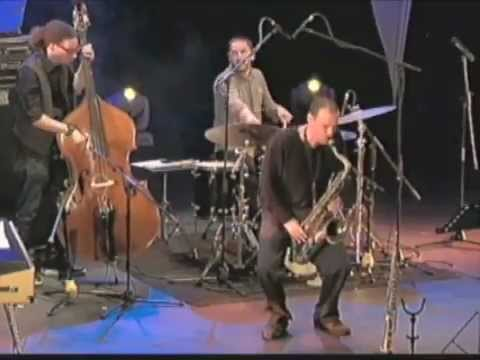 Rodolfo Zuniga Surfaces Live II (South America 2012)