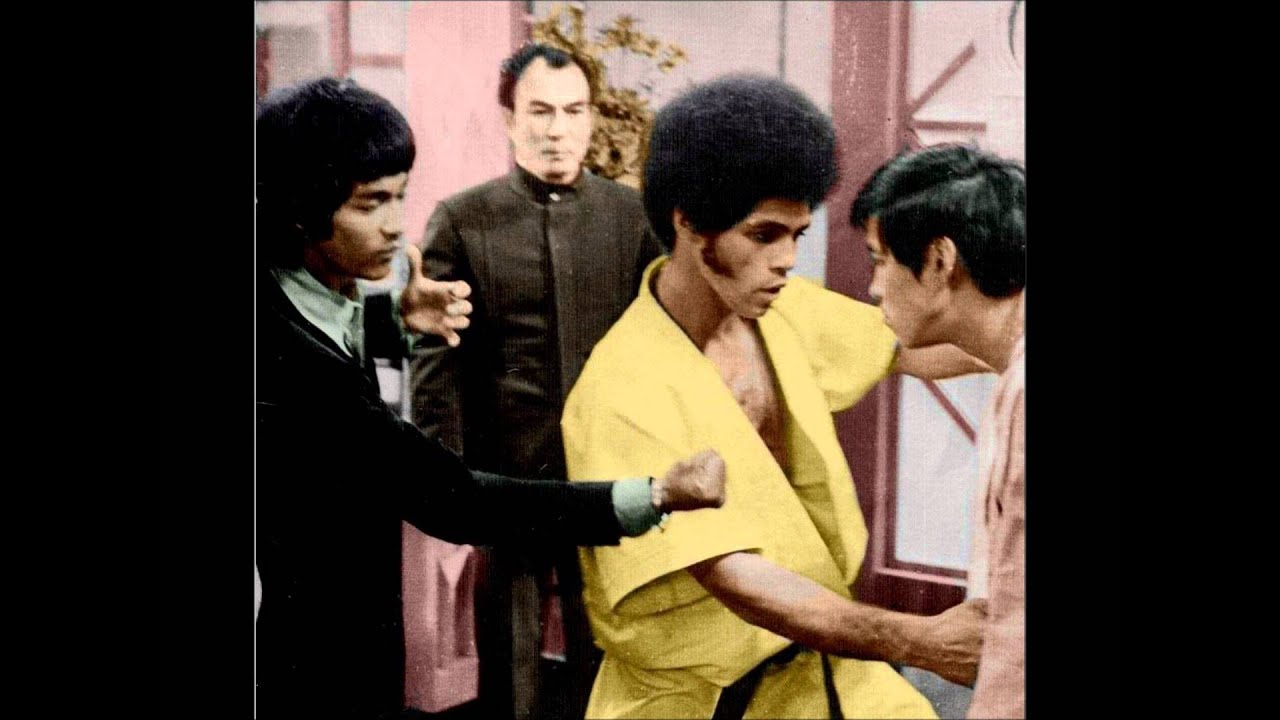 a video report on enter the dragon starring bruce lee Watch full movie enter the dragon stars: bruce lee, john saxon and jim kelly video thumbnails nov 15, 2016 67 f/x (1986.