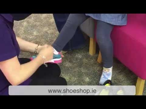 5-steps-to-fitting-childrens-shoes-in-cordners-sligo