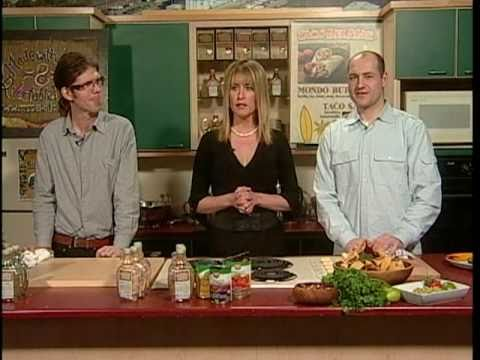 NHL Steve Gainey - Raw Guacamole - Easy Real Whole Food Fast !