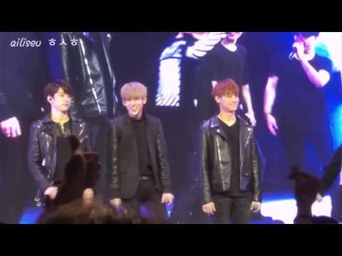 """[FANCAM] 151206 - Mark """"Stay crazy in your seats!"""""""