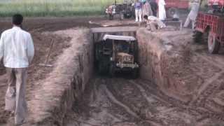 Jatt on Tractor (part5/5)