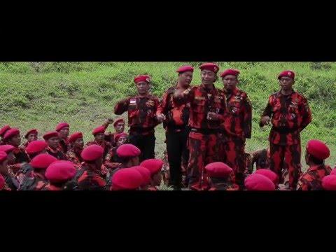 BERSATU KITA TEGUH BERCERAI KITA RUNTUH - DELETED SCENE ON THE RED BARRED