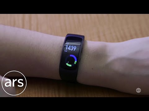 Ars Review: Samsung's Gear Fit 2