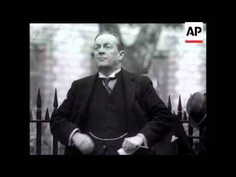 Mr Baldwin Unveils Lord Curzon Statue
