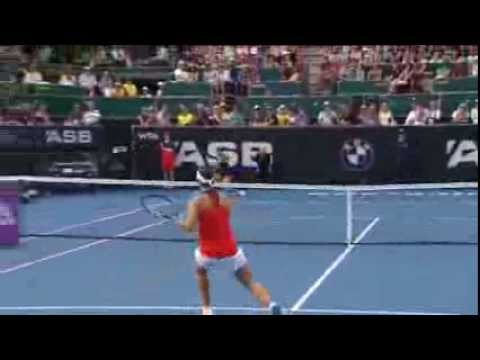 Ivanovic books place in Auckland final