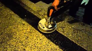 Parní horkovodní čištění kamenných žulových schodů a teraco schodů systémem Mosmatic Professional ™
