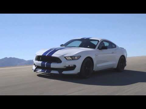 2016 Ford Mustang Shelby GT350 Running Footage