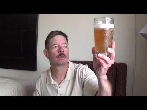 Louisiana Beer Reviews: Red Horse Beer