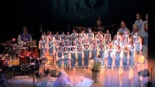 Coro Blau Gospel - Por quien eres tú