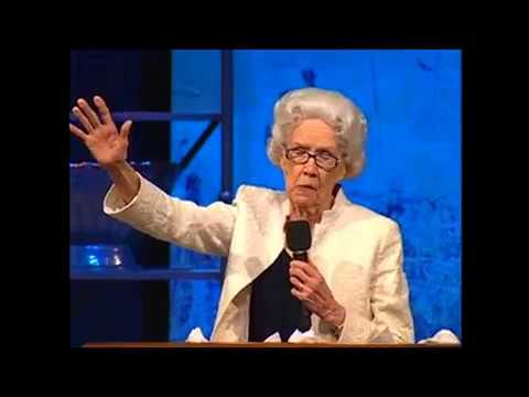 "Guest Pulpit – Issue 27-6: Sis. Vesta Mangun ""I Am In The Hands Of My Lord"" (Sermon Preview)"
