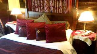 Brighton Marina House Hotel - French Four Poster Room