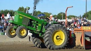 10,000LB Open Farm Tractors pulling at St-Hyacinthe Québec Canada 2016