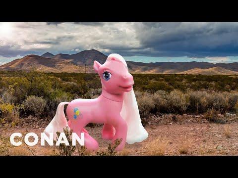 More Faked Wildlife Photos  - CONAN on TBS