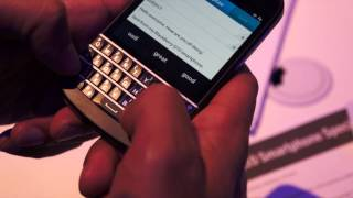 BlackBerry Q10 Hands-on video