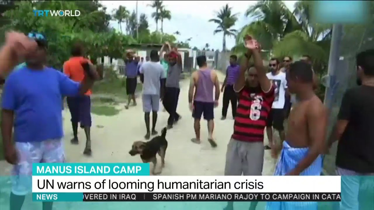 Refugees get 24-hour reprieve from Australia's PNG camp eviction