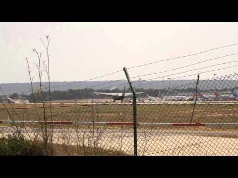 [HD] CASA CN235 D-4.07 arrives Palma de Mallorca Airport (PMI-LEPA)