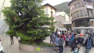 Путевые Заметки. Андорра, июнь 2013: прогулка по столице Андорры - городку Andorra la Vella(Как получить вид на жительство (ВНЖ) в Евросоюзе - смотрите здесь - http://j.mp/slovgo На своем автомобиле по дорогам..., 2016-11-12T08:39:48.000Z)