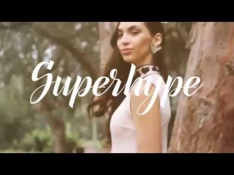 Natalie  Vértiz - Superhype