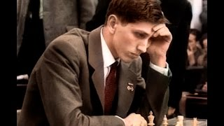 Fischer crushes his opponent in only 8 moves using king