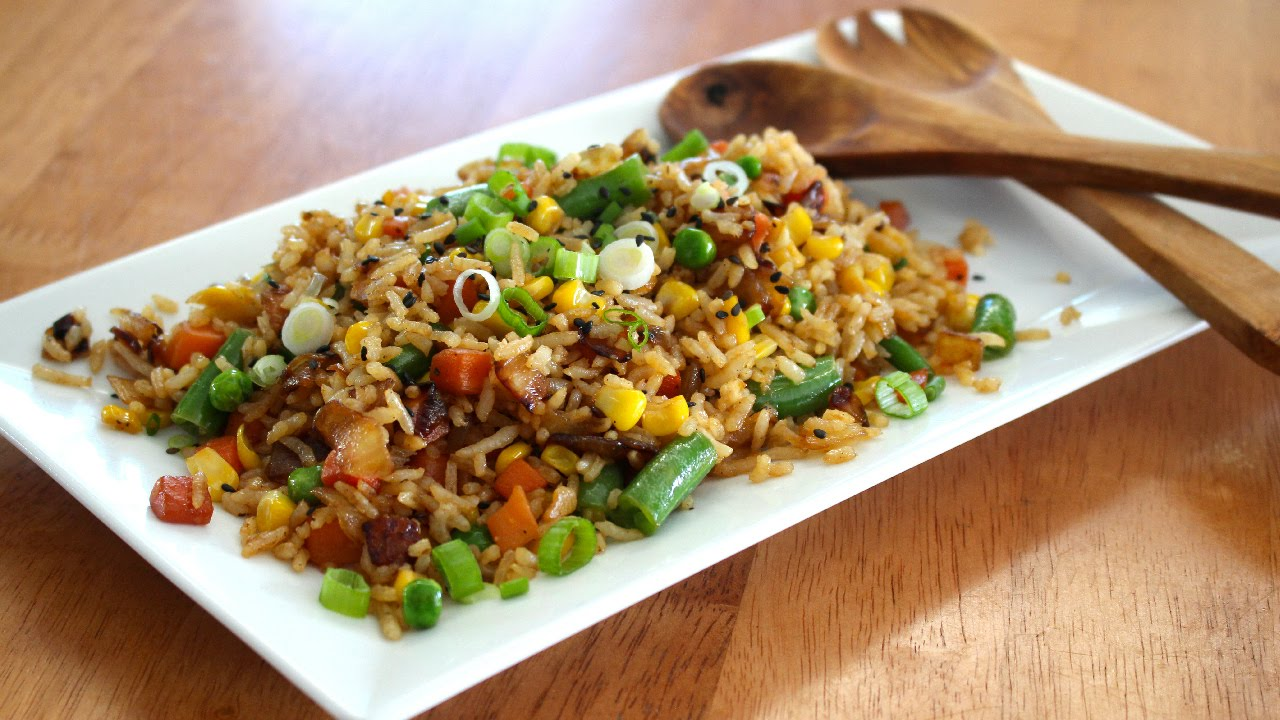 Easy vegetable fried rice recipe youtube easy vegetable fried rice recipe ccuart Image collections