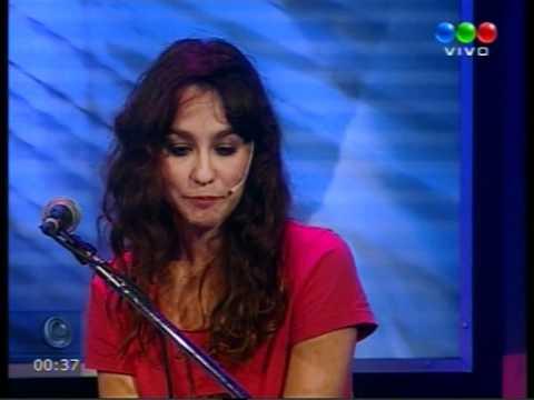 Daniela Herrero: Solo tus canciones, Adoquines & Despierta, Vivo (Diario de Media Noche, Telefe)