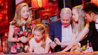 Financial giant Jim Rogers' daughters sing amazing Chinese songs