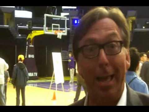 Lakers' TV announcer Bill Macdonald