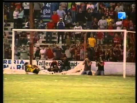 2005   Gral Paz Juniors  Douglas Haig semi final  10 12 05 A