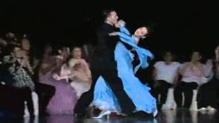 2009 WSSDF Victor Fung & Anna Mikhed - Viennese Waltz.wmv