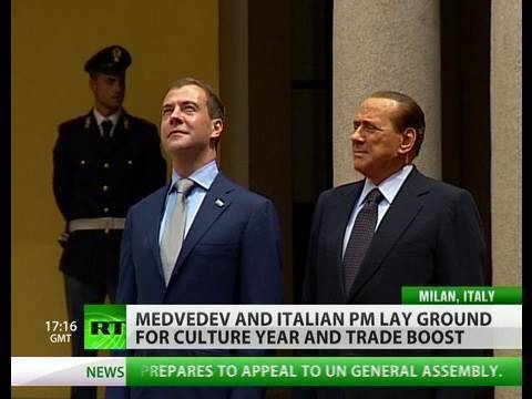 Antiques and gains for Dmitry Medvedev in Italy