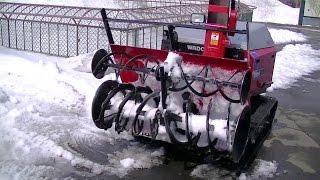 除雪機での除雪 風景!