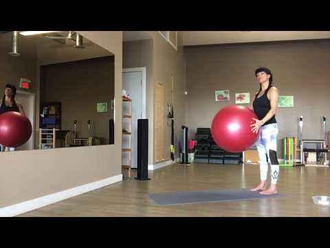 Pilates Stability ball Advanced flow with trainer Fiona Hermanutz
