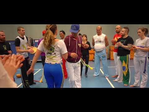 Escola de capoeira uniao  mestre indio festa anniversario mestre Zeu